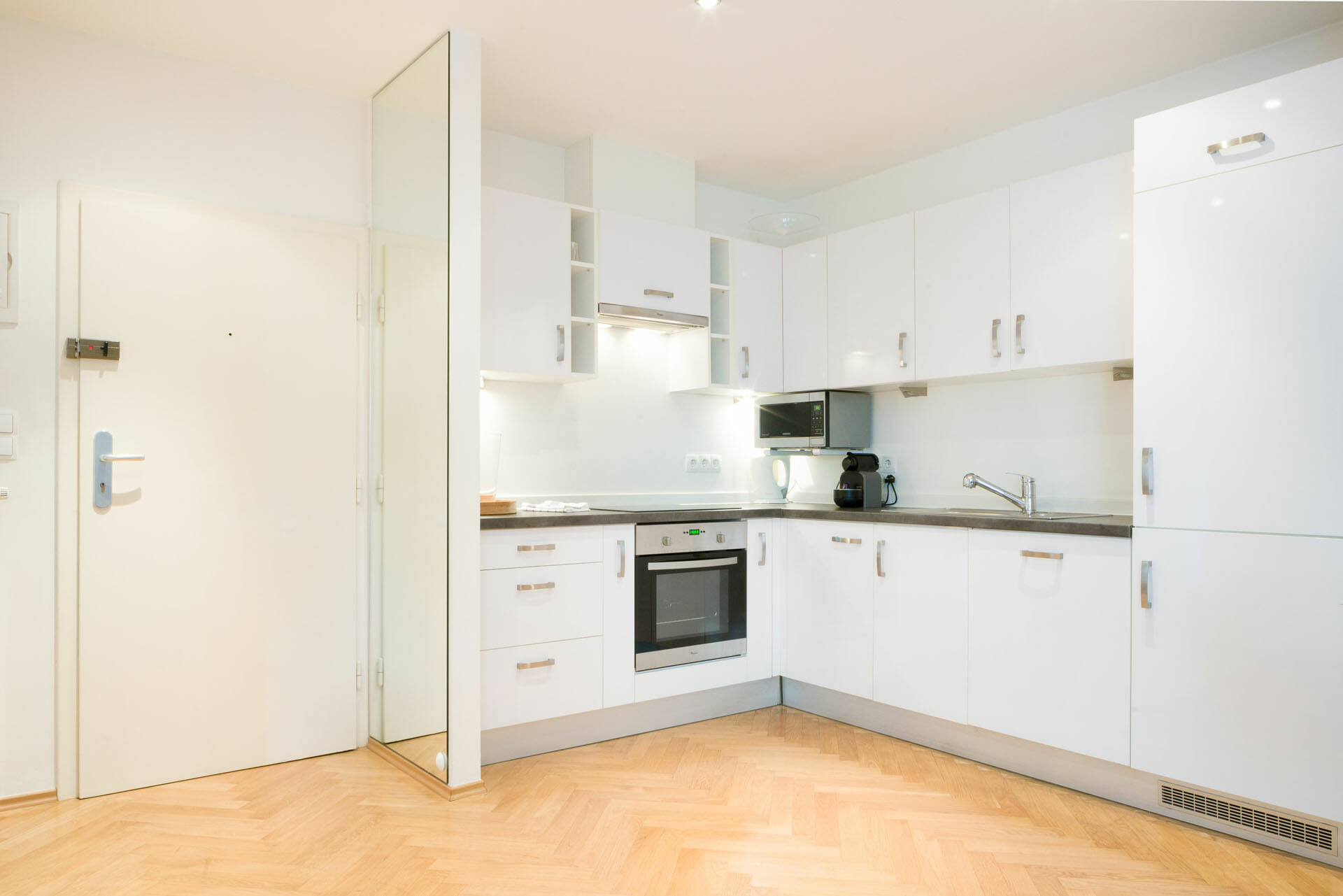 Prestige Apartments in Vienna Spacious Apartment close to Palais Liechtenstein. Bindergasse 5 - 9. Equipment: electric stove, oven, refrigerator, freezer, coffee machine, water heater, toaster.  Internet, Digital Cable TV, Fully equipped kitchen, Fully furnished interior, Non smoking.