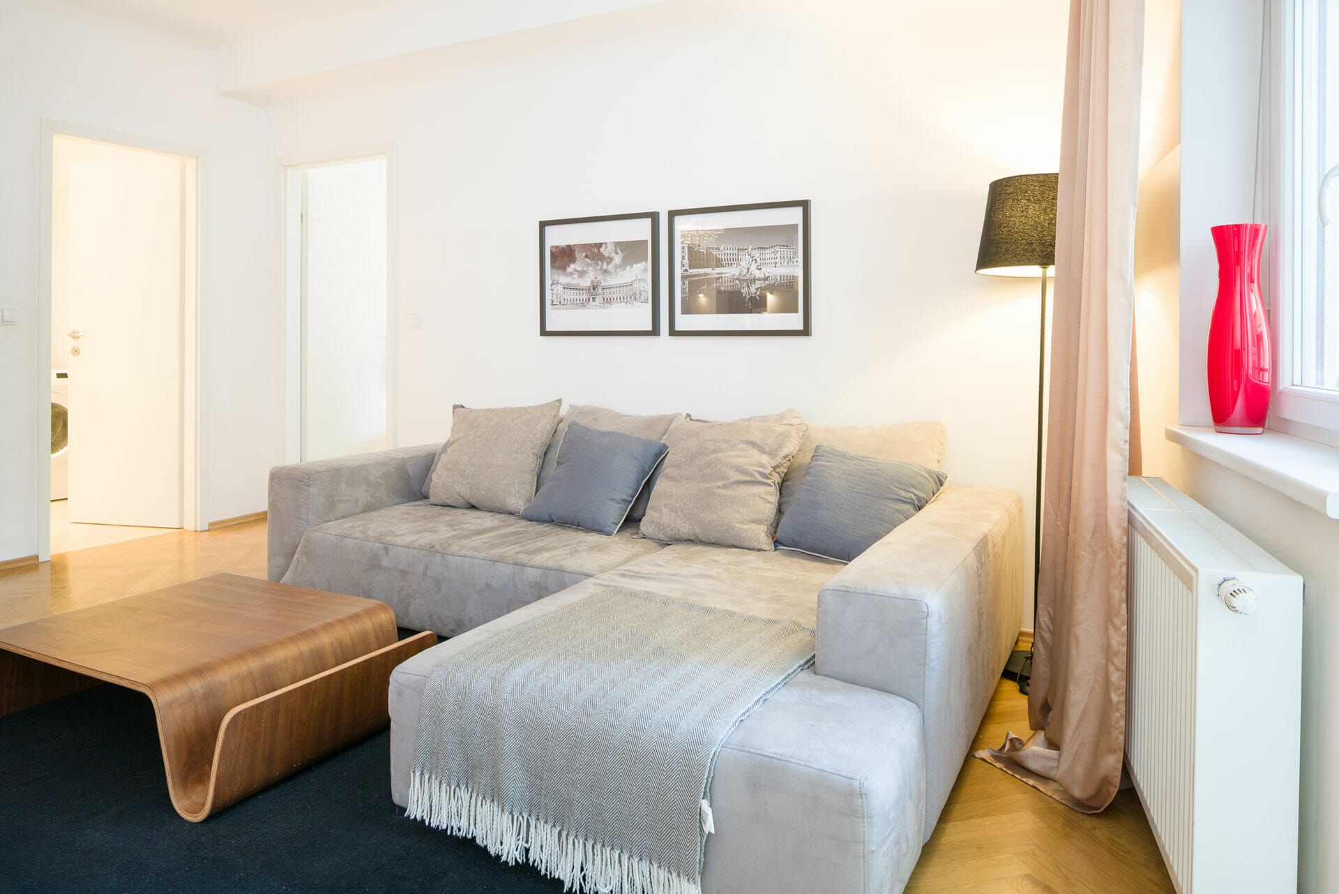Prestige Apartments in Vienna Spacious Apartment close to Palais Liechtenstein. Bindergasse 5 - 9.  Internet, Digital Cable TV, Fully equipped kitchen, Fully furnished interior, Non smoking,