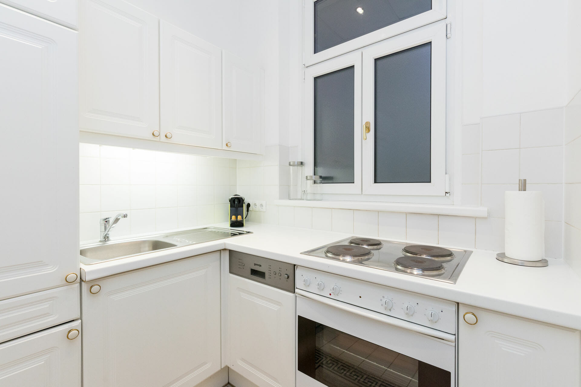 Prestige Apartments in Vienna Austria.The apartment is conveniently located in heart of the 9th district and within a stroll to the city centre.
