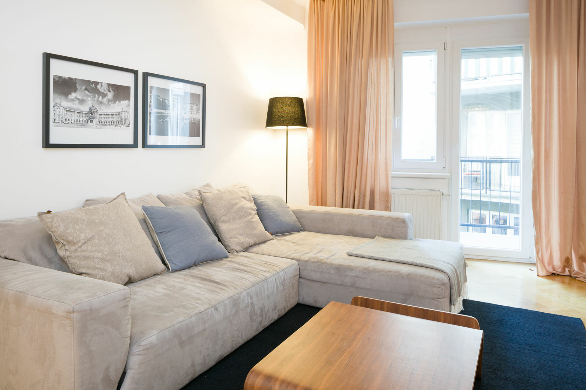 Prestige Apartments in Vienna Spacious Apartment.Apartments size in m²: 80 District: 1090 Alsergrund Bedroom: 2.