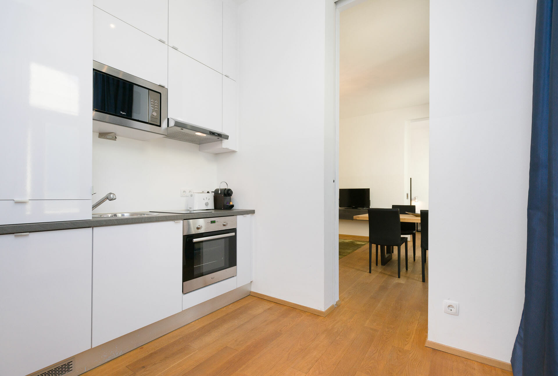 Prestige Apartments. Luxury Apartment in Vienna with premium furniture. Alser Strasse 14. Apartments size in m²: 49 District: 1090 Alsergrund Bedroom: 1