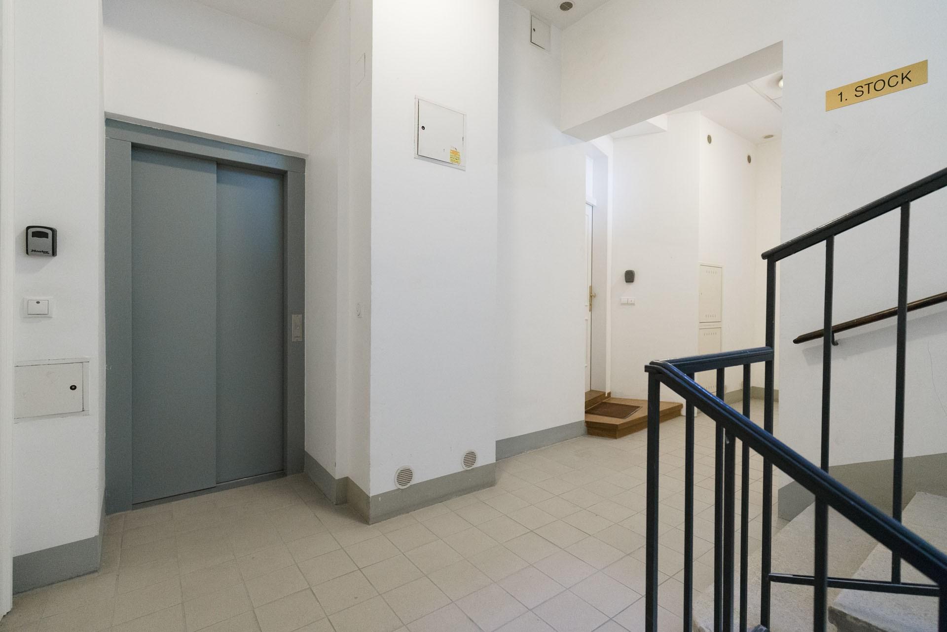 Superior Apartment in Noble District